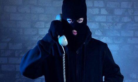 Nữ cán bộ bị lừa đảo hơn 800 triệu đồng qua điện thoại ở Trà Vinh
