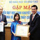 Bộ GD&ĐT tặng bằng khen 48 giáo viên dạy học sinh khuyết tật