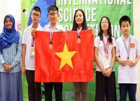 Đoàn học sinh Việt Nam giành HCV cuộc thi Khoa học quốc tế