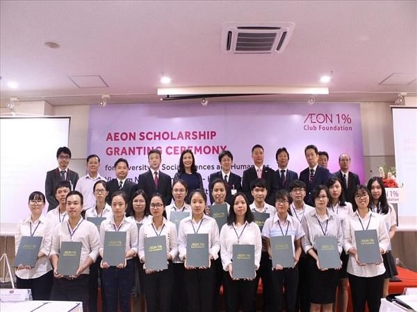 AEON trao học bổng cho sinh viên Việt Nam trị giá 400 triệu đồng