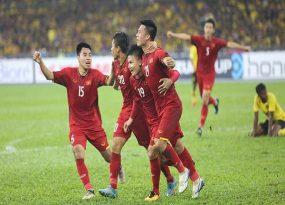 Việt Nam hòa Malaysia tiếc nuối, tạm chiếm ưu thế trước trận lượt về