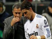 Real không nên tái hợp Mourinho