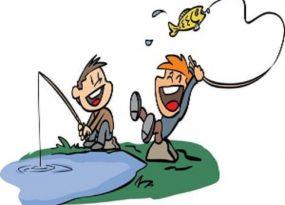 Nằm mơ thấy bắt cá điềm báo gì? Đánh con gì?