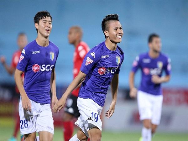 Hà Nội FC vất vả cầm hòa Quảng Nam