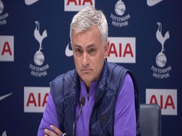Tottenham được cứu khi có Mourinho