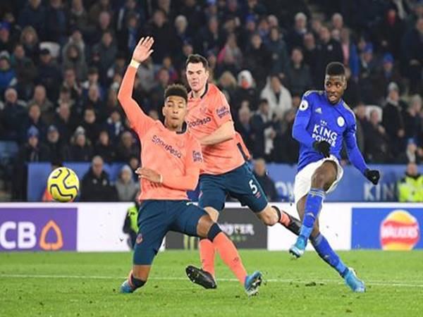 Leicester thăng hoa không ngừng