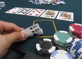 Cách chơi game bài xì tố Hồng Kông được thực hiện qua 4 vòng cược