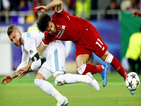 Bóng đá QT tối 2/4: Ramos dính chấn thương, lỡ hẹn tái ngộ Salah