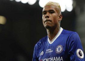 Chuyển nhượng 2/7: Chelsea đàm phán, tống khứ ngôi sao người Brazil